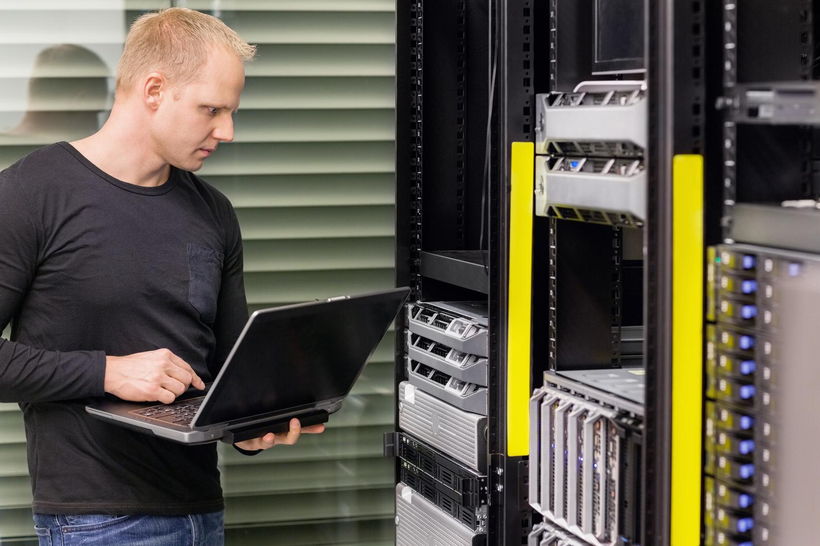 firma informatyczna sinfo usługi informatyczne