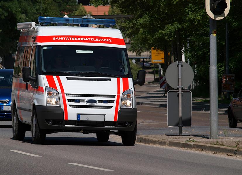 Kurs na kierowcę pojazdu uprzywilejowanego Szkolenia dla konwojentów Kursy dla kierowców ochrony